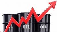 قیمت نفت پس از نشست اوپک پلاس به مرز 82 دلار رسید