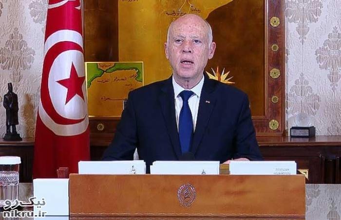 دیکتاتوری به سبک رئیس جمهور تونس! / تونس غرق در بحران سیاسی